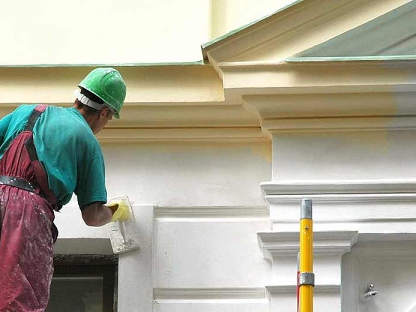 Продолжается обновление фасадов жилых домов в Чите