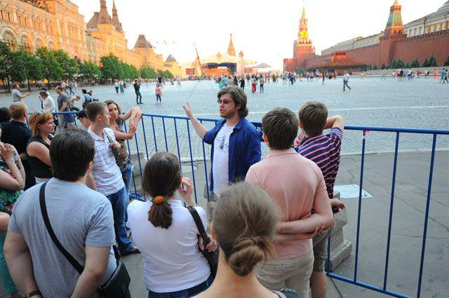 Гидам с иностранным гражданством могут запретить работать в РФ copy