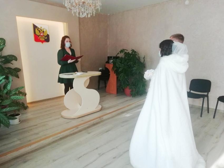 В Нерчинско-Заводском отделе ЗАГС Забайкалья состоялась первая регистрация после ремонта